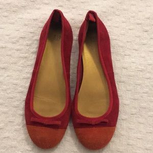 GAP red shoes